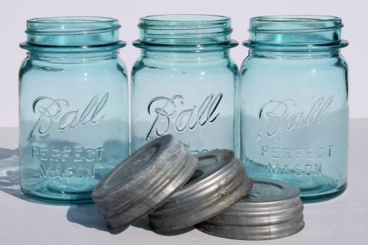 vintage blue mason jar w/ zinc lids,  lot of 6 old Ball jars pint Perfect Mason