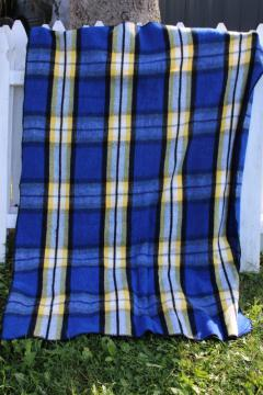vintage blue plaid camp blanket, soft thick plush acrylic Mexican blanket