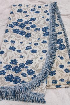 vintage blue roses jacquard bedspread, 60s retro granny chic cozy cottage style