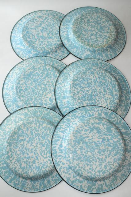 vintage blue swirl enamelware plates and bowls, country primitive rustic camp cabin dishes