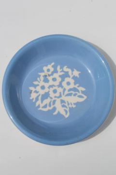 vintage blue & white Cameoware pie plate, Harker pottery cameo ware pie pan