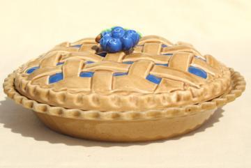 vintage blueberry pie cover, ceramic pie plate pan w/ printed recipe