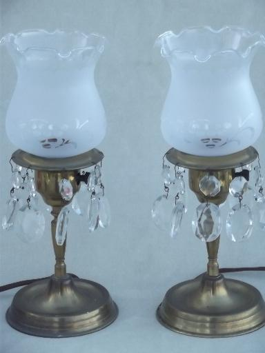 vintage brass mantel lamps pair w/ glass shades and teardrop prisms
