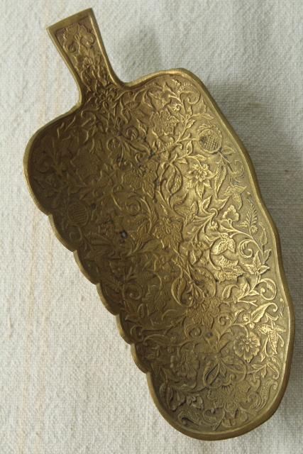 vintage brass pin tray, Indian paisley leaf shaped dish, bohemian ethnic decor