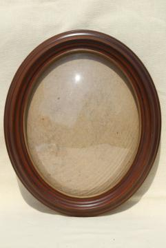 vintage bubble dome frame, oval wood molding w/ plastic convex glass