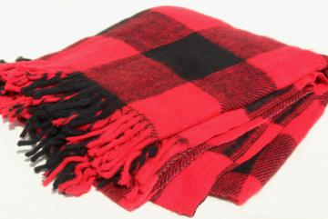 vintage buffalo plaid red & black checked throw blanket, rustic lumberjack camp style