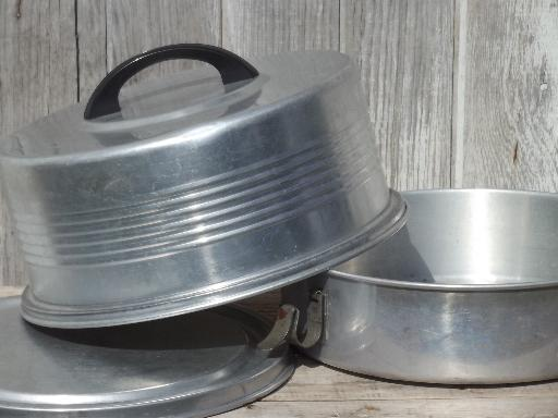 Vintage Cake Amp Pie Keeper Carrier Retro Regal Aluminum