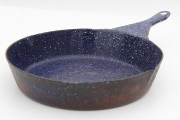 vintage camp cookware blue speckled graniteware enamel ware cast iron skillet frying pan