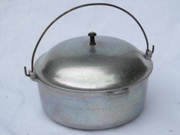 vintage cast aluminum dutch oven pot w/ lid, loop handle for campfire