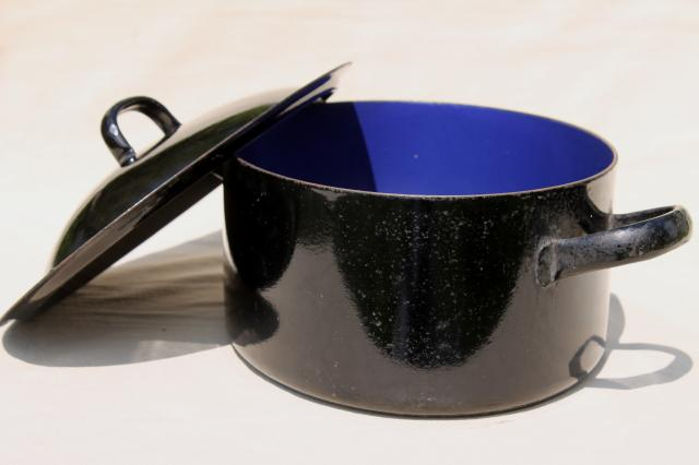 Vintage Cast Iron Enamel Ware Oval Dutch Oven Roasting Pan