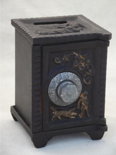 Vintage Cast Iron Safe Savings Bank Miniature Toy Safe W
