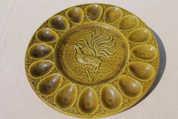 vintage ceramic egg plate, 60s 70s retro California pottery deviled egg tray w/ rooster