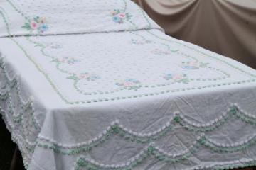 vintage chenille bedspread, cotton chenille spread popcorn chenille flowers