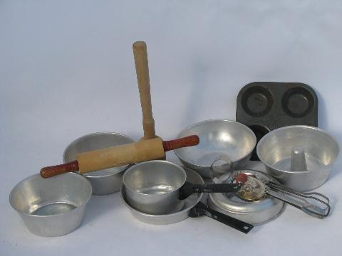 Vintage Child S Kitchenware Working Toy Utensils Amp Tools