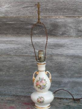 vintage china lamp, roses bouquet