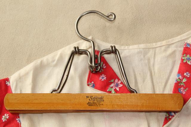 vintage clothespins & clothespin bag, little dress laundry bag made from cotton feed sack