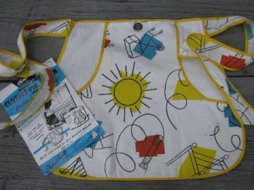 vintage clothespins pocket apron, laundry day clothespin pocket to wear