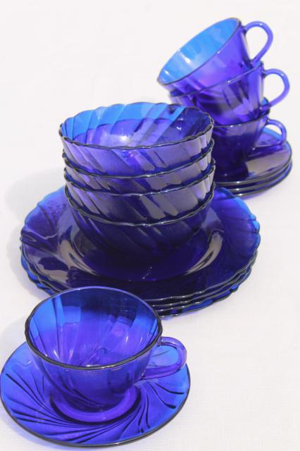 vintage cobalt blue glass dishes set for four, Duralex Rivage swirl ...