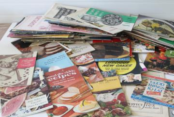 vintage cookbooks lot, 50s 60s 70s recipe booklets & leaflets w/ retro kitchen graphics