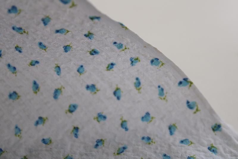 vintage cotton fabric, blue rosebuds print on white crinkle plisse