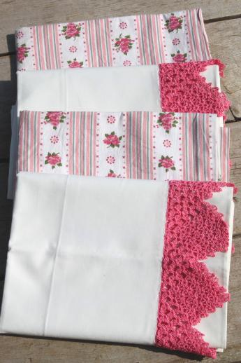 vintage cotton pillowcases w/ print borders & feed sack fabric trims, shabby cottage bedding lot