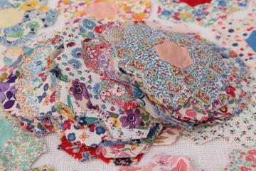 vintage cotton print patchwork quilt blocks, Grandma's flower garden motifs