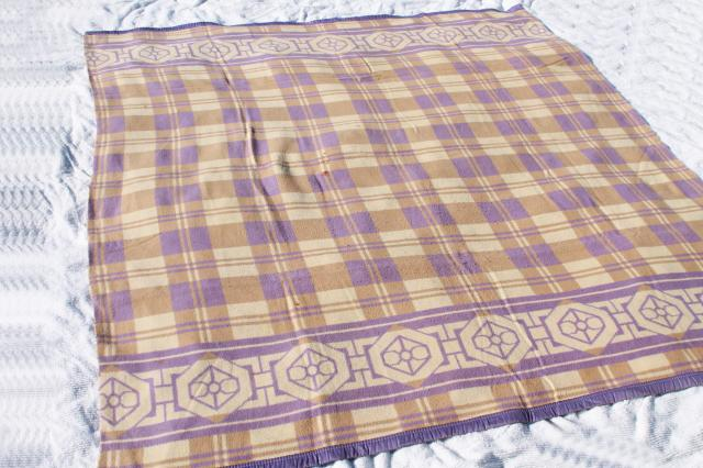 vintage cotton / rayon camp blanket, lavender & tan plush bed blanket never used