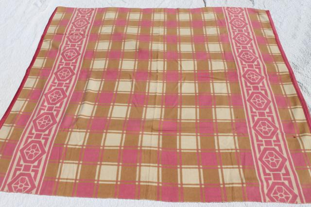 vintage cotton / rayon camp blanket, pink & tan plush bed blanket never used