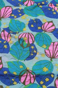 vintage crinkle pucker texture lightweight poly 'silk' fabric, Japan or Hawaiian leaf print