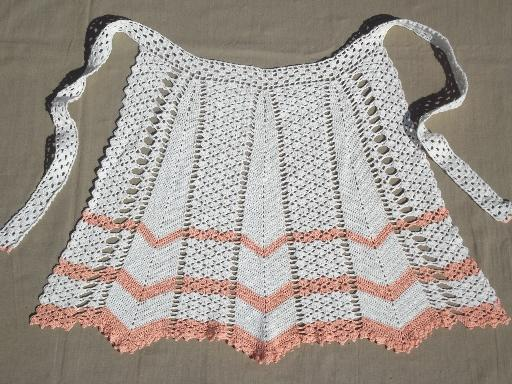 vintage crochet apron, cotton thread crocheted lace chevrons apron