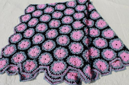 Crochet Yoyo Patterns : vintage crochet yo-yo afghan, throw or lap blanket in ...