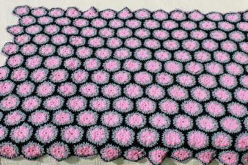 vintage crochet yo-yo afghan, throw or lap blanket in retro pink, grey, black