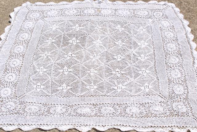 Vintage Crocheted Lace Tablecloths, Large Crochet Doily Centerpiece And  Card Table Cloth