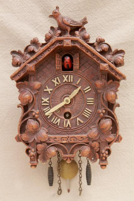Vintage Cuckoo Clock Lux Waterbury Wind Up Clock Black