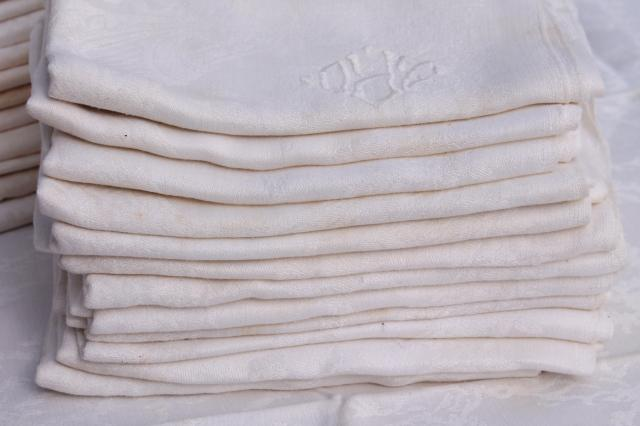 vintage damask cloth napkins embroidered w/ r monogram, cotton or