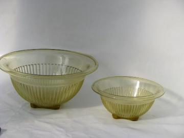 vintage depression yellow kitchen glass nest of mixing bowls
