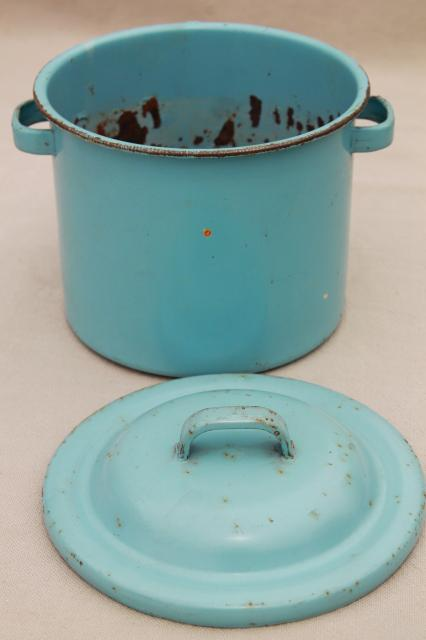 vintage doll size robin's egg blue enamelware canner pot or baby bottle boiler w/ wire rack