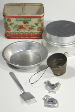 vintage doll sized kitchenware, metal cookie cutters & cake pans, old painted bread tin