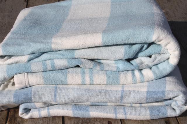 Vintage Double Long Fold Over Blankets Blue Amp White