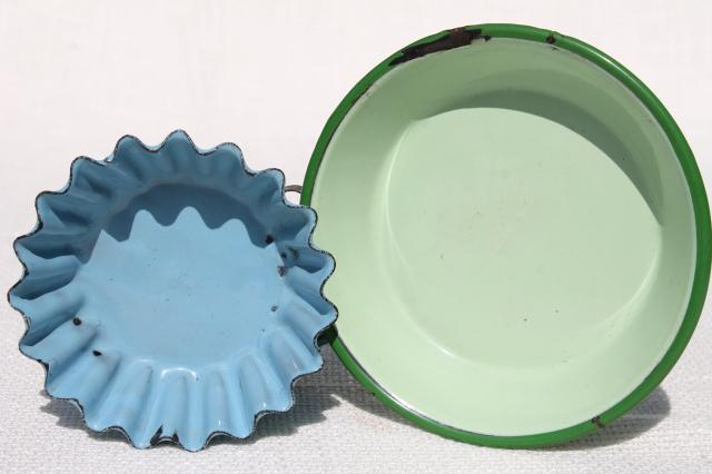 vintage enamelware, antique blue child's cups, patty pan, green enamel dishpan for dolls