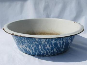 vintage enamelware, blue & white swirl graniteware enamel, big round dishpan