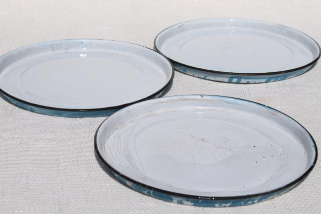 vintage enamelware camp plates & pie pans, blue & white spatter ware and swirl enamel