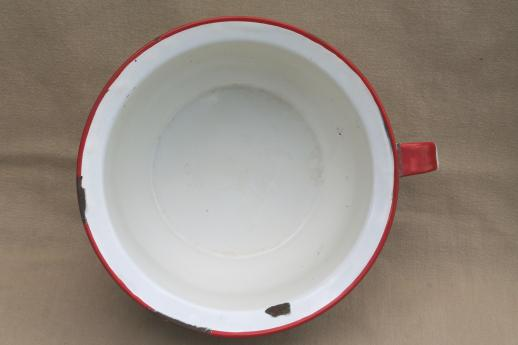 vintage enamelware chamber pot, white & red enamel camp / cabin potty