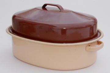 vintage enamelware roasting pan, big old brown & tan enamel turkey roaster