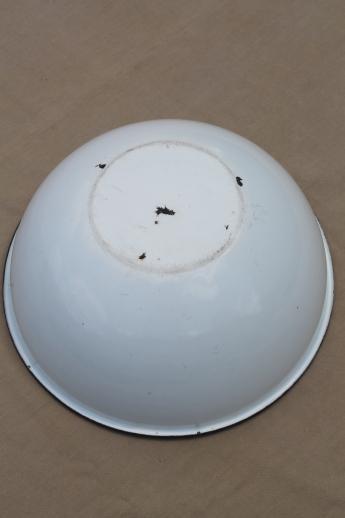 Vintage Farmhouse Kitchen Enamelware Bowl Big Old White Enamel Bowl Basin