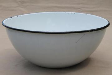 vintage farmhouse kitchen enamelware bowl, big old white enamel bowl / basin