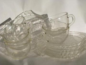 vintage fish shape pattern glass snack sets, cups and little plates