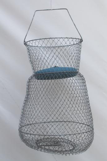 Vintage fishing basket sportfisher floating wire creel for Fish wire basket