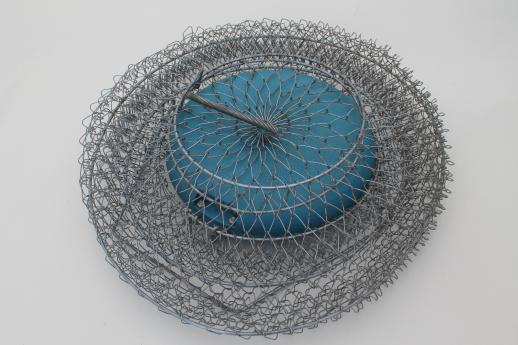 Vintage fishing basket sportfisher floating wire creel for Floating fish basket