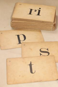 vintage flash cards, early reading letters phonics in retro 40s 50s typography